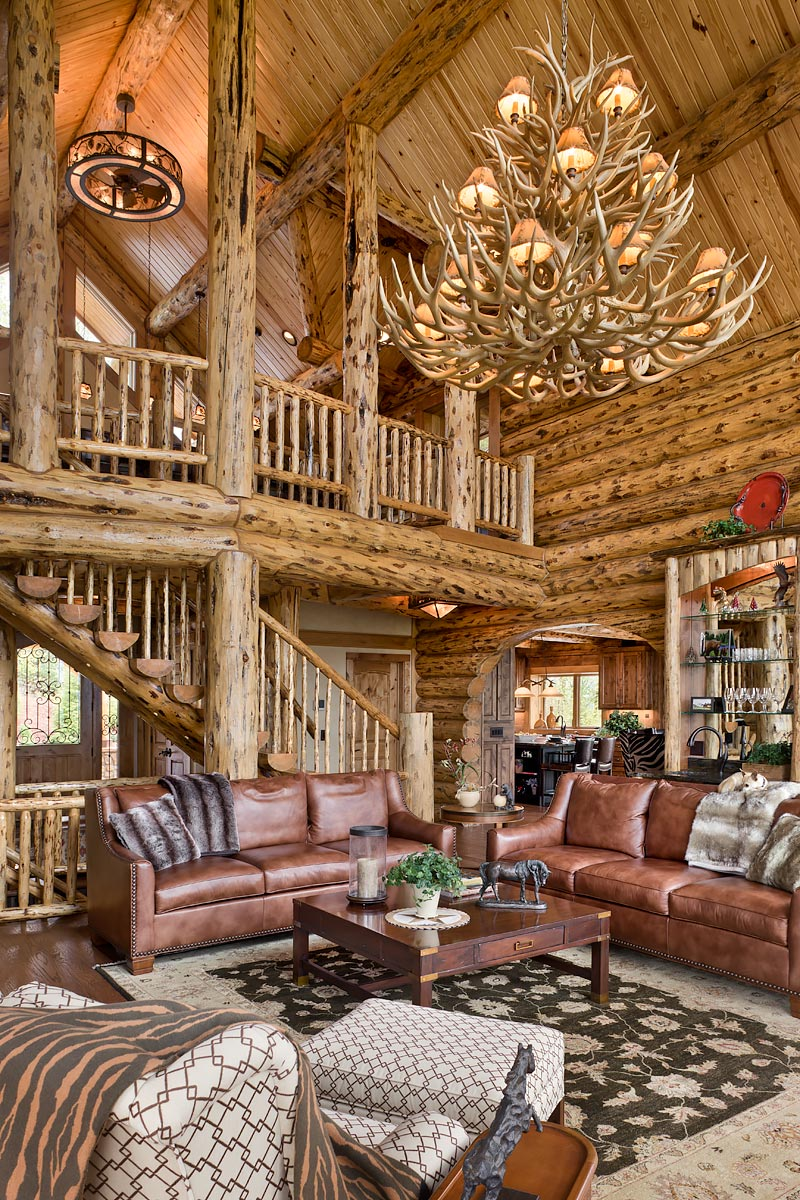 log home photo, living room with vaulted ceiling, clayton, ga