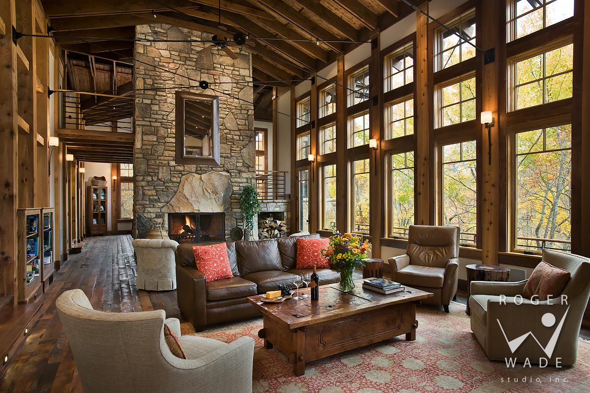 Incroyable Living Room Toward Fireplace And Windows Looking Out To Fall Color, Balsam,  Nc